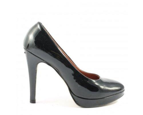 Carmens High Heels in Lack Schwarz