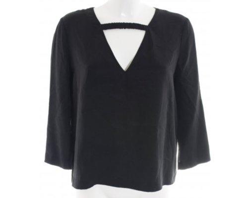Dagmar Bluse in schwarz mit lockerem Schnitt