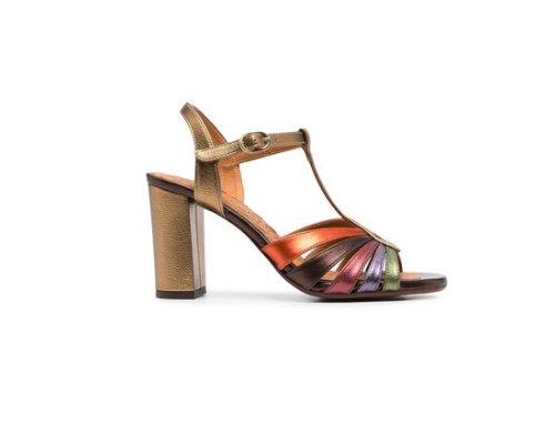 Der T-Steg-Heel der 20er Jahre wird bei Chie Mihara mit aufgelockerten Farben neu interpretiert