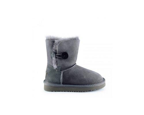 Grauer Blazer und Shirt, schwarze Cropped Jeans und graue UGG Australia Classic Boots als Ankle-Version