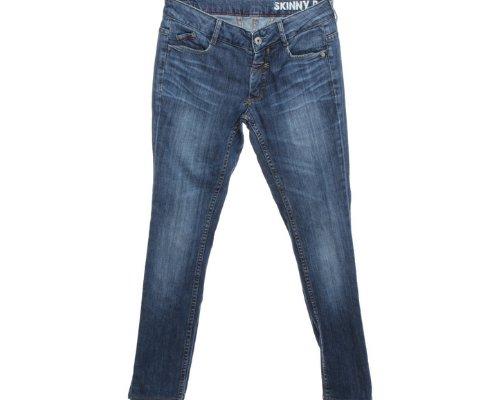 Jeans von Francois Girbaud mit dezenten Waschungen