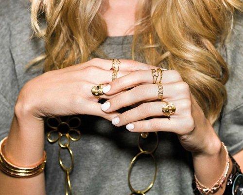 Ketten und Ringe in Gold von Tous
