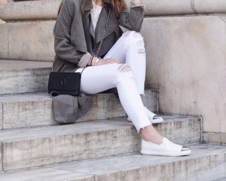 Miu Miu Slip On Schuhe in Weiß