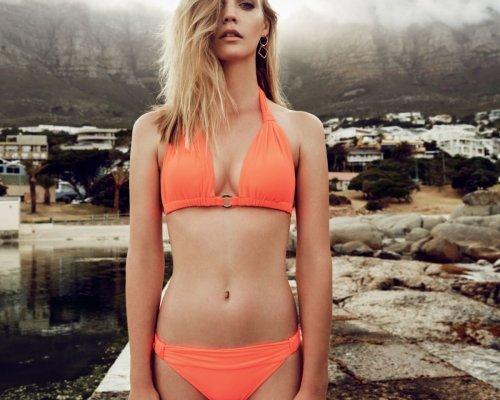 Organer Triangel Bikini von Makena Lei