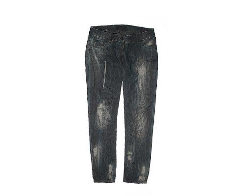 Ripped Jeans von Adele Fado und Zara Knit Pullover