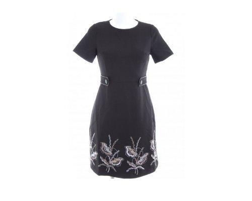 Romantisches Kleid mit britischem Schick von Darling