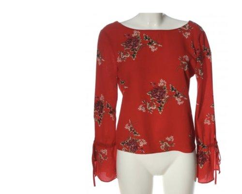 Rote Print Bluse mit Trompetenärmeln von Daphnea