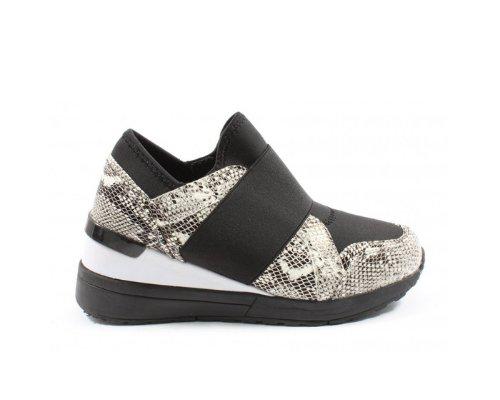 Schuh Must Haves von Liva Loop: Schlüpfsneaker mit Animal Print