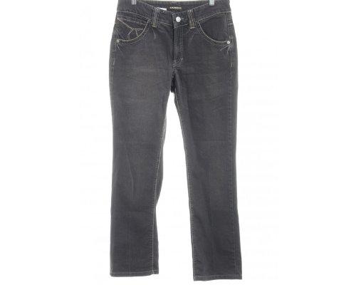 Schwarze Sandaletten, T-Shirt und Umhängetasche mit der hellen Cambio Norah Straight Leg Jeans