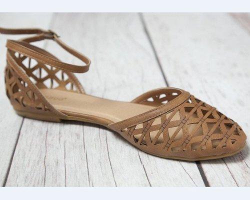 Süße Ballerina-Sandalen für den Sommer