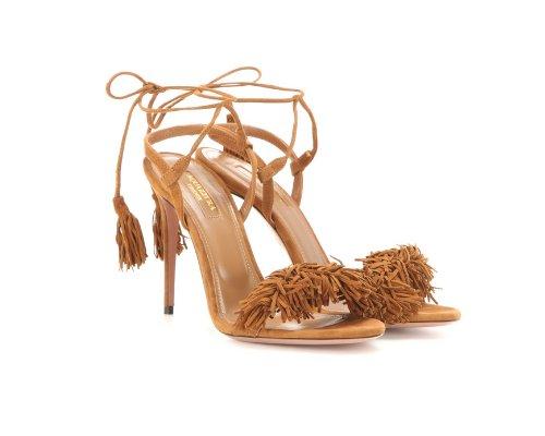 """""""The Folk Sexy Thing Sandals"""" in Beige und Schwarz des Luxuslabels Aquazzura."""
