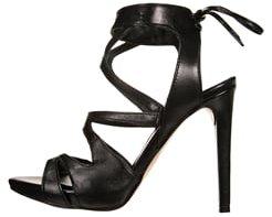 Trendige Schuhe von Mai più senza