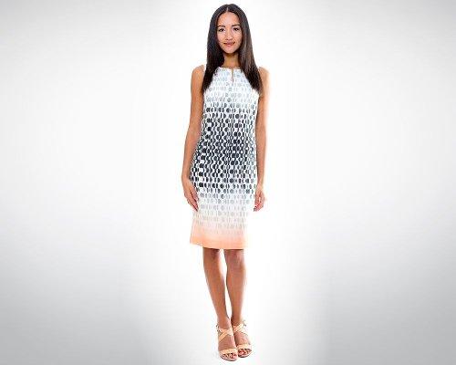 Weißes  Neckholder-Kleid mit schwarzem Geo-Print von Va Bene