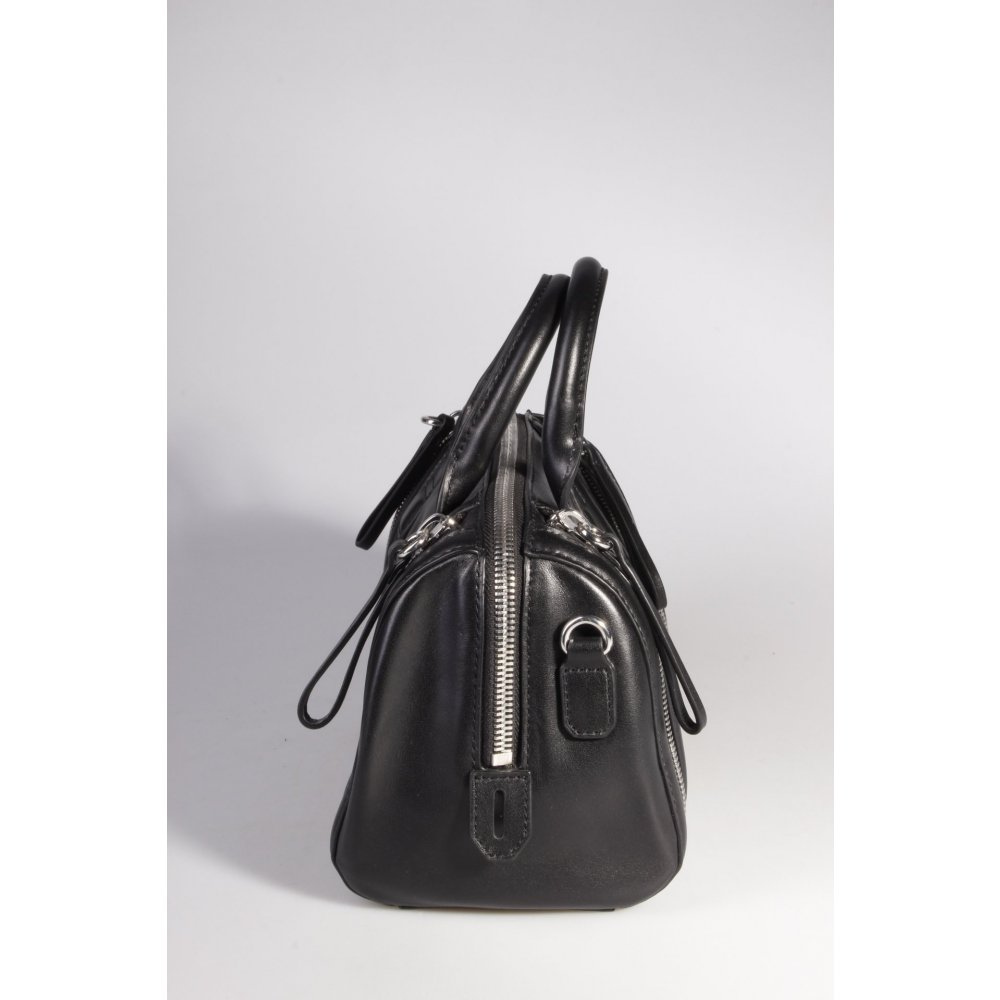 karl lagerfeld handtasche karl zip small bauletto black ii damen schwarz tasche ebay. Black Bedroom Furniture Sets. Home Design Ideas