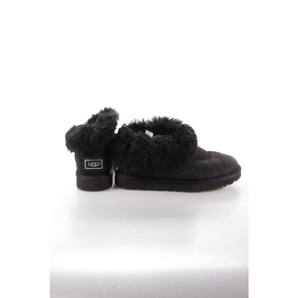 ugg boots mini bailey button schwarz. Black Bedroom Furniture Sets. Home Design Ideas