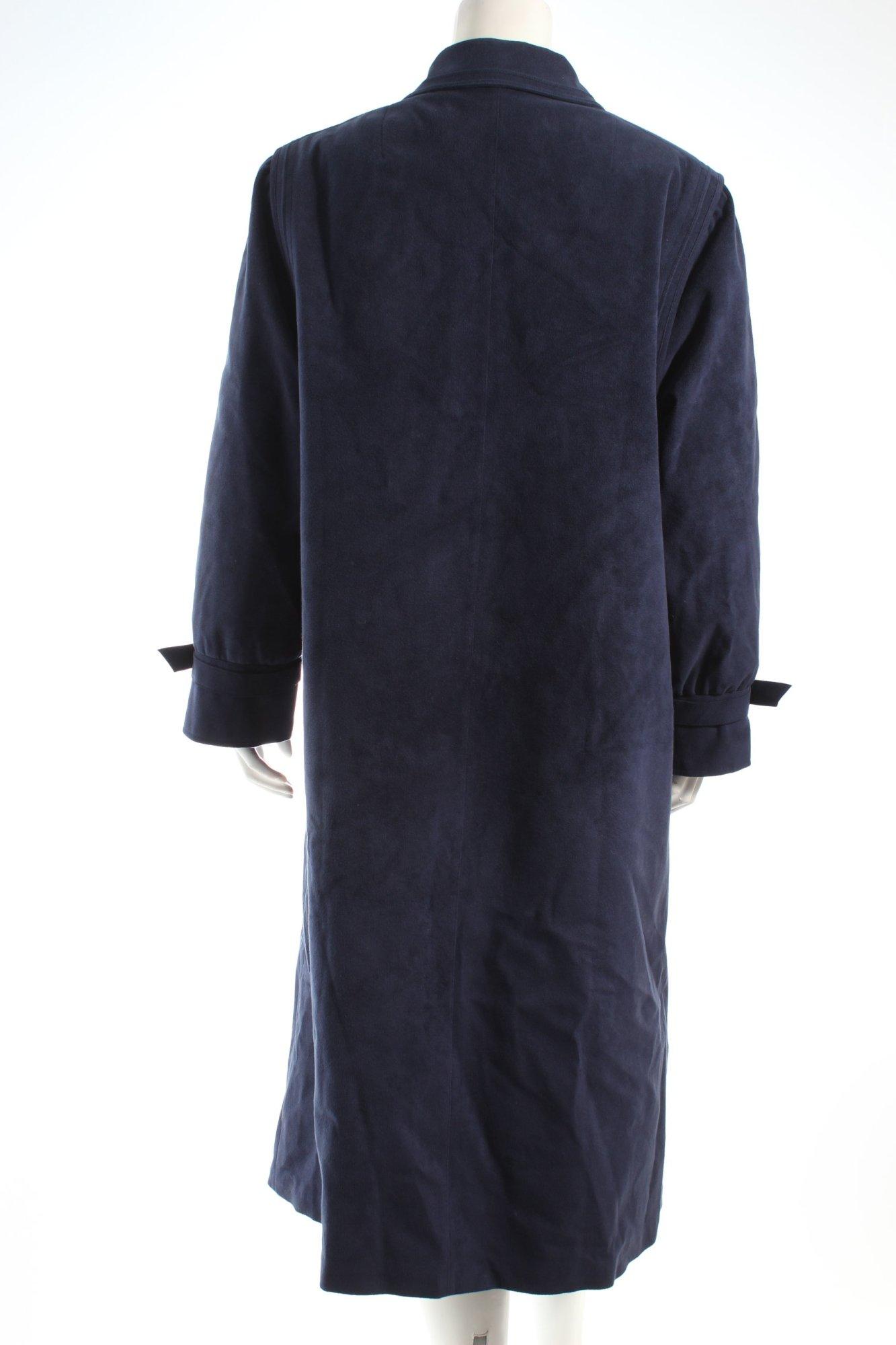 Baronia von gollas mantel
