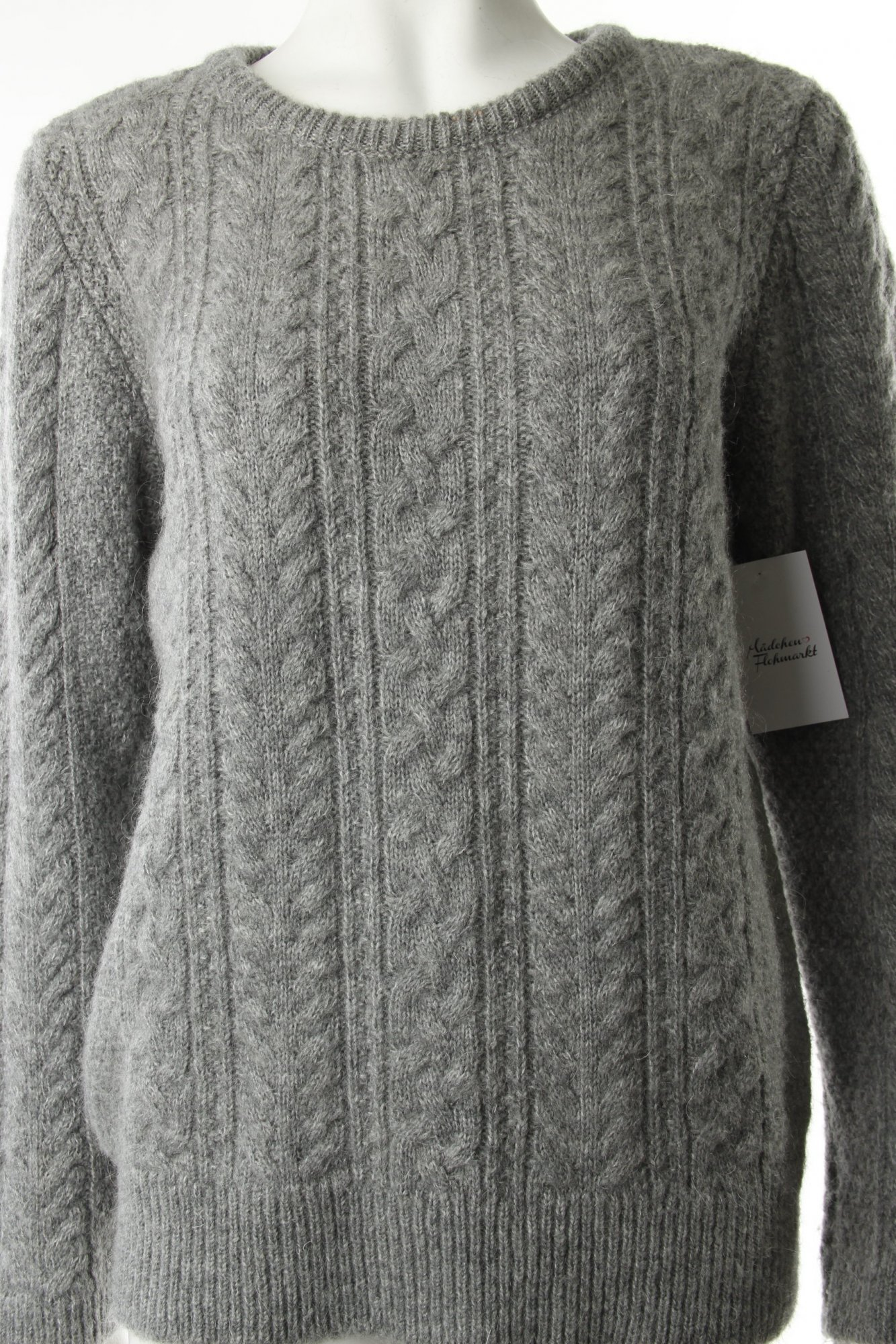 zara strickpullover grau zopfmuster schleifen detail damen gr de 40 pullover eur 31 00. Black Bedroom Furniture Sets. Home Design Ideas