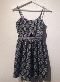Aztec Sommerkleid mit Cut Out