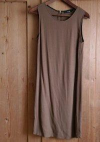 Braunes Kleid