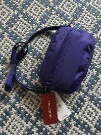 Crossbody Bag Umhängetasche von Hedgren in lila