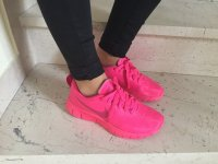 Nike Free neon pink Sportschuhe