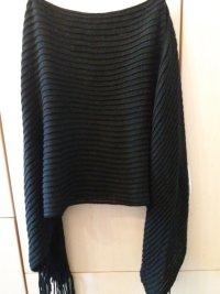 Poncho * schwarz * gestrickt * Fransen * One Size * Neu & ungetragen