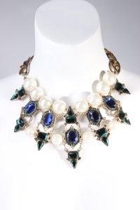Zara Statementkette mit Perlen