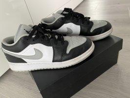 1 Jordans shadow