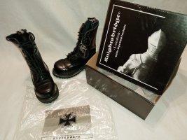 10 Loch knightsbridge boots