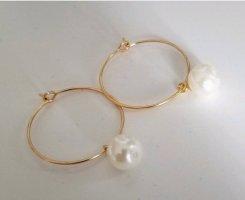 18k Gold Creolen mit weißer Perle