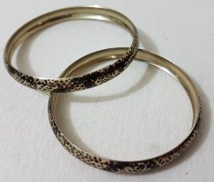 Bangle black-gold-colored