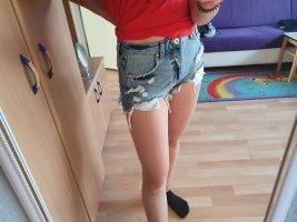2 shorts + 1 gratis