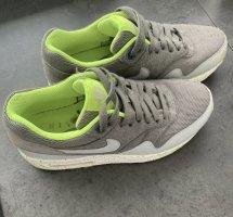 *319986-027 -Ma Nike Airmax Damen low Sneaker Gr.38,5 * Sonder Edition