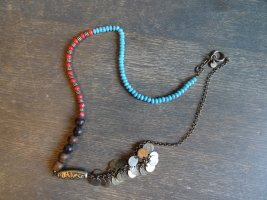 5 Ketten in einer! Individuelle Halskette u.a. aus Holz und Metall
