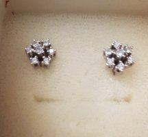 585Gold Ohrstecker mit Diamanten