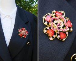 True Vintage Brooch multicolored