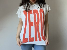 Camicia con cappuccio bianco-arancio neon