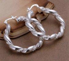 Pendientes de plata blanco