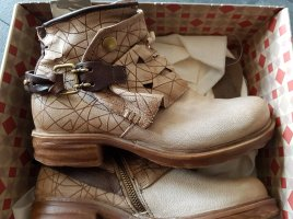 Airstep Low boot beige