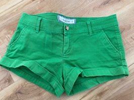 Abercrombie and Fitch Shorts grün Weite 26