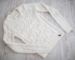 Abercrombie & Fitch ~ WINTER PULLOVER CREME ~ SIZE XS