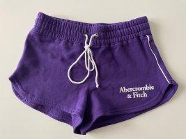 Abercrombie & Fitch Shorts white-dark violet