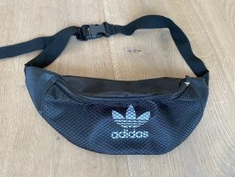 Adidas Buiktas zwart
