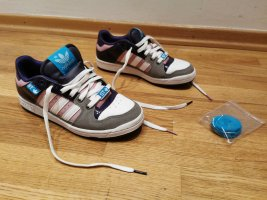ADIDAS Decade Low ST Skateboard Sneakers