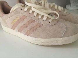 Adidas Gazelle Gr. 39 bzw. US 6.5 Sneaker NEU - UNGETRAGEN - FEHLKAUF -