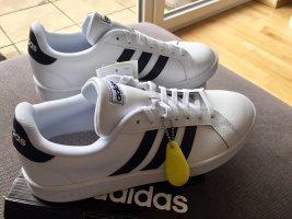 Adidas Grand Court 41 1/3