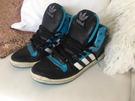 Adidas Wysokie trampki czarny-niebieski neonowy