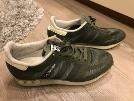 Adidas Originals Sznurowane trampki khaki