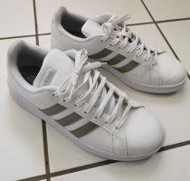 Adidas Leder Sportschuhe Sneaker weiß Gr. 41 NEUWERTIG!