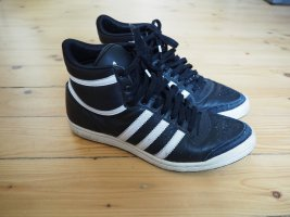 Adidas Originals High Top Sneaker